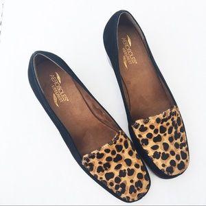 Aerosoles calf hair leopard print wedge shoes 10